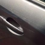 Как самому осуществить ремонт царапин на автомобиле?