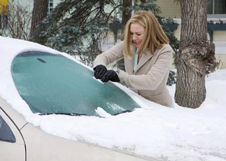Боремся с обмерзанием стекол автомобиля