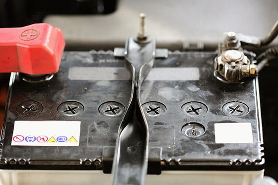 время зарядки аккумулятора автомобиля
