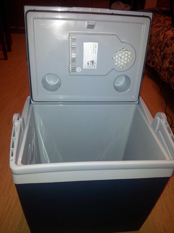 сумка холодильник автомобильная с питанием от прикуривателя