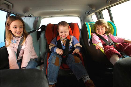 какое самое безопасное место в автомобиле для ребенка