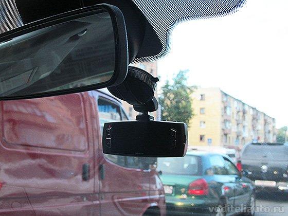 как выбрать видеорегистратор в машину
