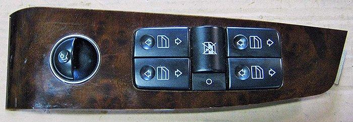 блок кнопок управления стеклоподъемниками для Е240