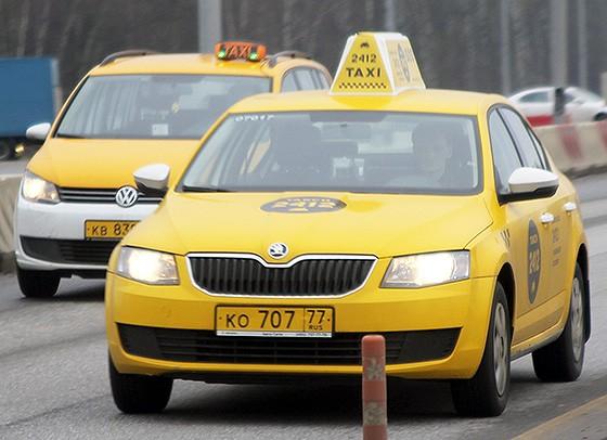 среди таксистов встречаются разные люди