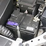 Надо ли заряжать новый автомобильный аккумулятор после покупки и в каких случаях