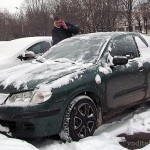 Рассуждения на тему нужно ли прогревать двигатель зимой перед поездкой или действовать в соответствии с инструкцией по эксплуатации