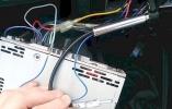 Какой усилитель сигнала автомобильной антенны лучше выбрать и как его подключить