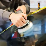 Спасает ли полировка стёкол автомобиля от царапин