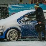 Если примерзают двери в машине, чем обработать резинки двери автомобиля от замерзания?