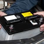 Как определить полярность аккумулятора автомобиля прямая или обратная