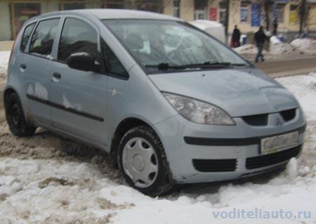 автомобиль и снег