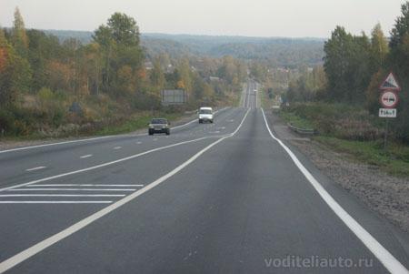 как доехать на автомобиле из Санкт-Петербурга в Москву