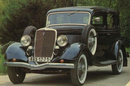 Автомобиль Ford V8