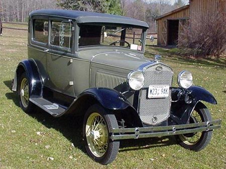 Автомобиль Ford A