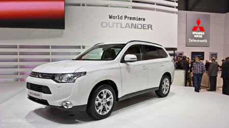 кроссоверы 2013  - Mitsubishi Outlander