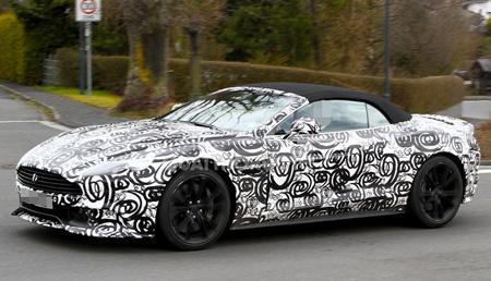 Новый кабриолет Aston Martin Vanquish Volante