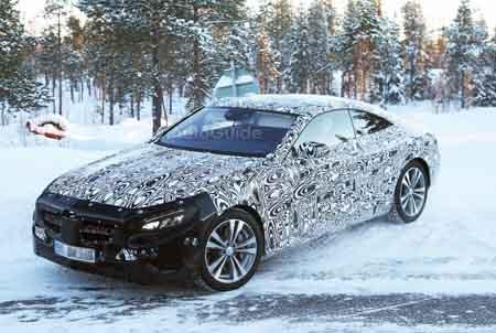 Автомобиль Mercedes S-Class Coupe