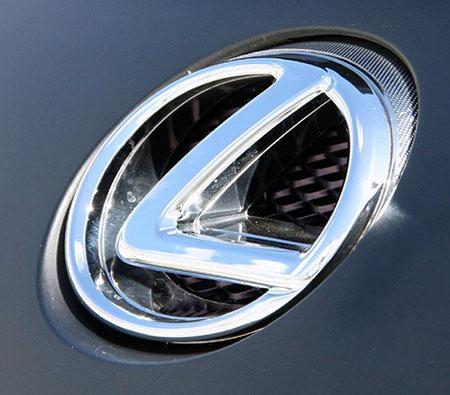 Эмблема автомобилей Lexus