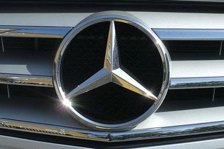 Эмблема автомобилей Mercedes-Benz