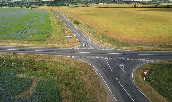 крестообразный перекресток дорог