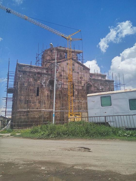 Реконструкция монастыря в Армении