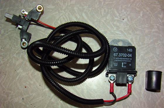 реле-регулятор генератора для автомобиля УАЗ