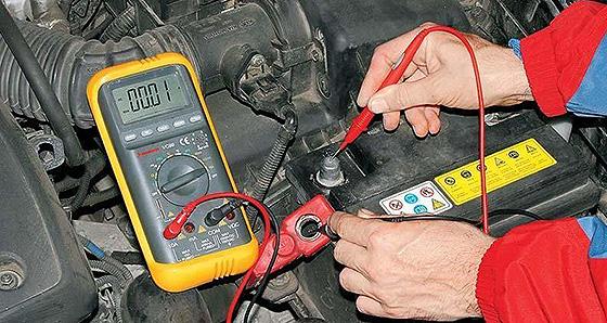как измерить ток утечки в автомобиле мультиметром